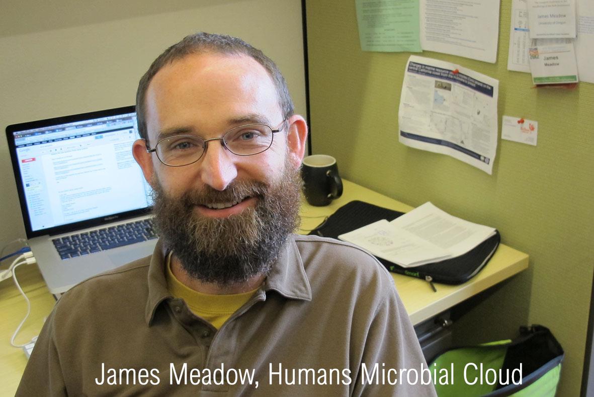 Изображение выглядит как мужчина, еда, компьютер, офисАвтоматически созданное описание